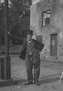 Gedicht ,als ich mich selbst zu lieben begann von Charlie Chaplin.